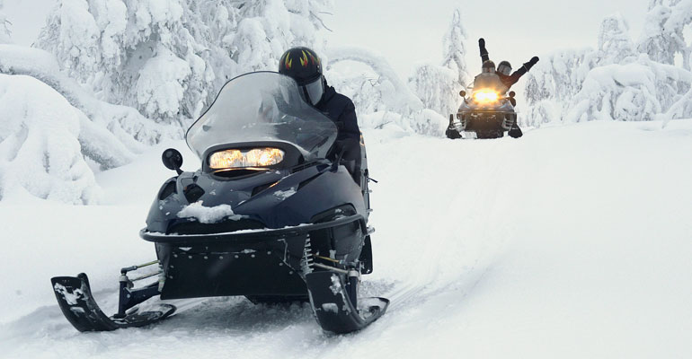 3-Reasons-to-Snowmobile-in-Jackson-Hole